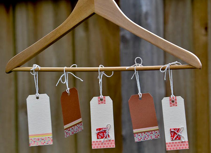 gift tag hanger banner